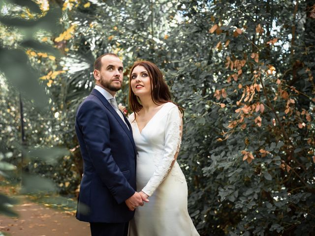 La boda de Alberto y Victoria en Almuñecar, Granada 45