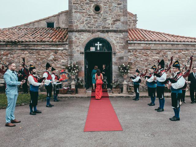 La boda de Javier y Lucia en Oviedo, Asturias 24