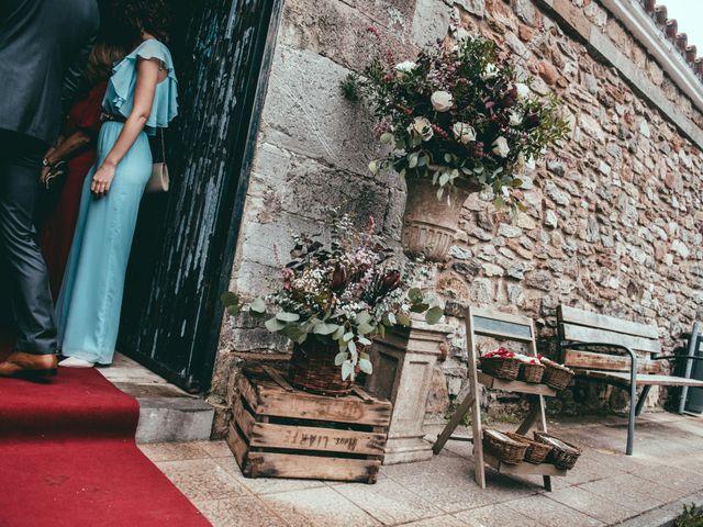 La boda de Javier y Lucia en Oviedo, Asturias 26