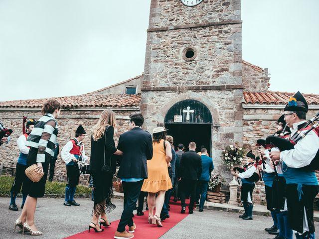 La boda de Javier y Lucia en Oviedo, Asturias 34