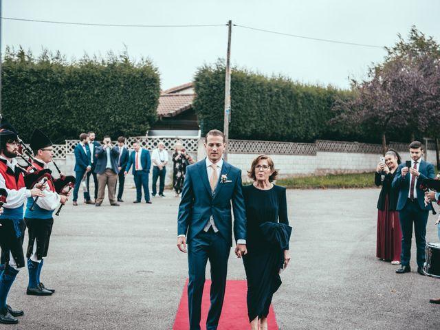La boda de Javier y Lucia en Oviedo, Asturias 35