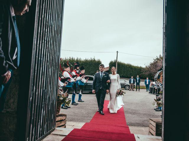 La boda de Javier y Lucia en Oviedo, Asturias 41