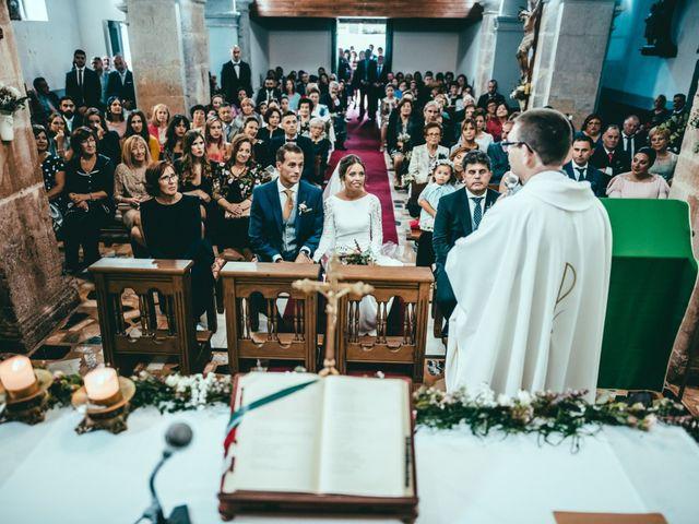 La boda de Javier y Lucia en Oviedo, Asturias 45
