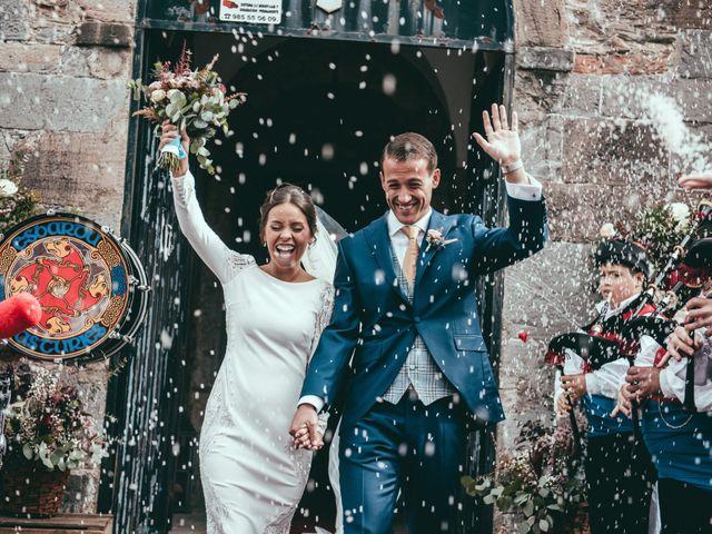 La boda de Javier y Lucia en Oviedo, Asturias 1