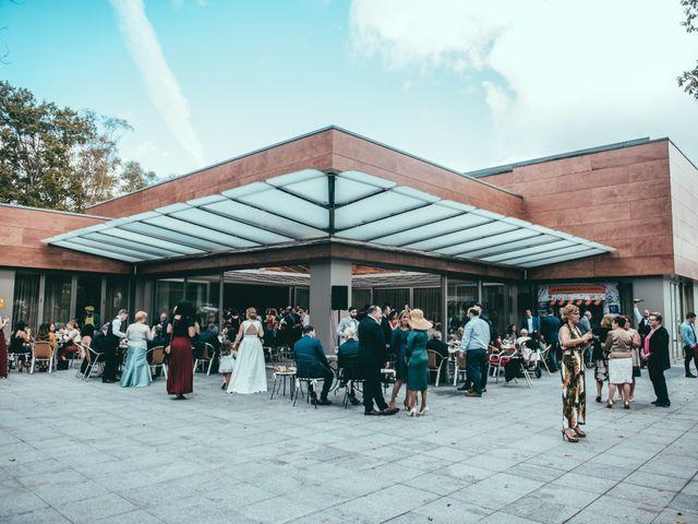 La boda de Javier y Lucia en Oviedo, Asturias 112