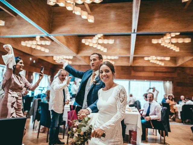 La boda de Javier y Lucia en Oviedo, Asturias 125