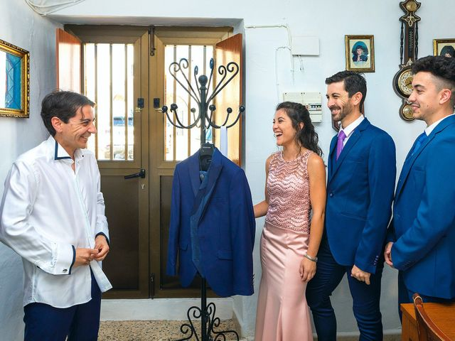 La boda de Miriam y Miguel en Santiago De Alcantara, Cáceres 4
