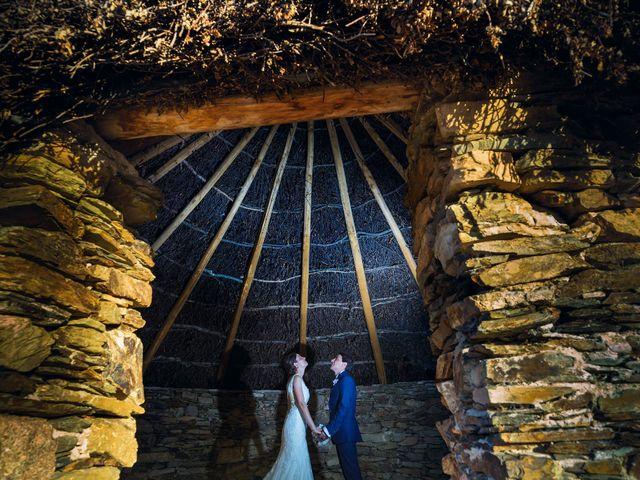 La boda de Miriam y Miguel en Santiago De Alcantara, Cáceres 24