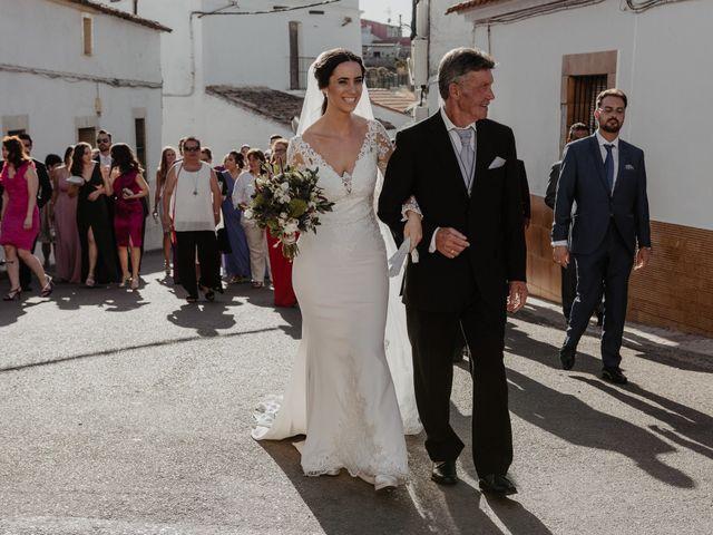 La boda de Pablo y M. José en Badajoz, Badajoz 34