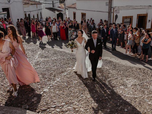 La boda de Pablo y M. José en Badajoz, Badajoz 35
