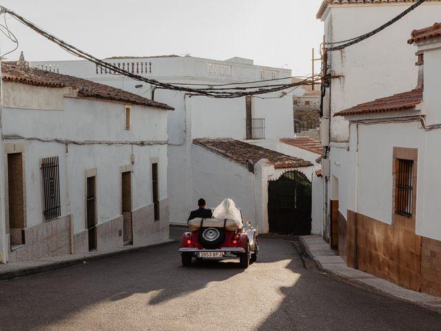 La boda de Pablo y M. José en Badajoz, Badajoz 55