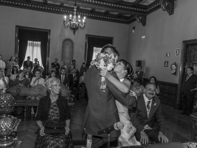 La boda de Iñaki y Tamara en Getxo, Vizcaya 23