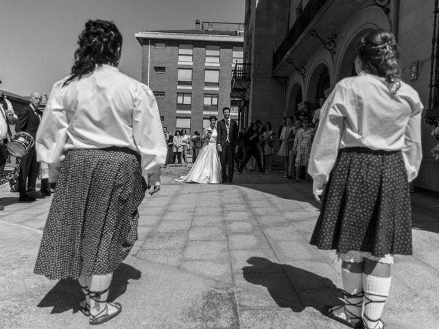 La boda de Iñaki y Tamara en Getxo, Vizcaya 28