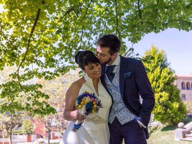 La boda de Iñaki y Tamara en Getxo, Vizcaya 33