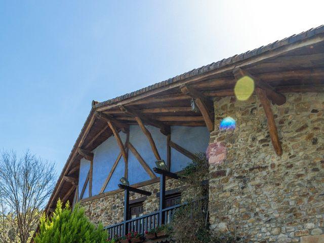 La boda de Iñaki y Tamara en Getxo, Vizcaya 44