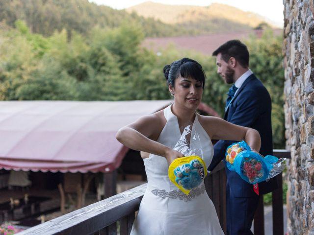 La boda de Iñaki y Tamara en Getxo, Vizcaya 49