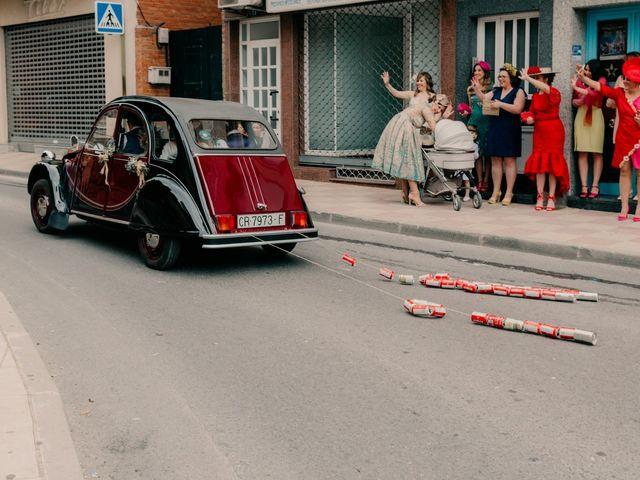 La boda de Julio y Cecilia en Villarrubia De Los Ojos, Ciudad Real 108