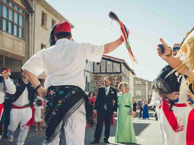 La boda de Gustavo y María José en Fresneda De La Sierra Tiron, Burgos 16