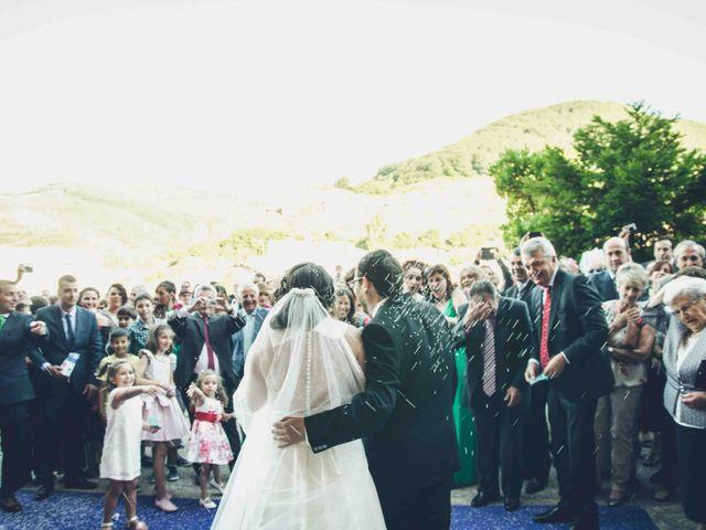 La boda de Gustavo y María José en Fresneda De La Sierra Tiron, Burgos 28