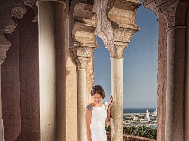 La boda de Felipe y Saray en Torre Del Mar, Málaga 32
