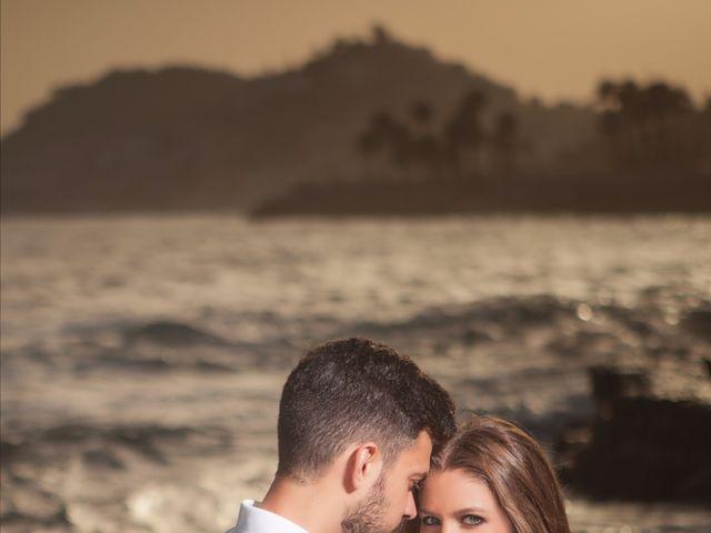 La boda de Felipe y Saray en Torre Del Mar, Málaga 47