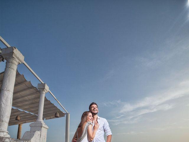 La boda de Felipe y Saray en Torre Del Mar, Málaga 1