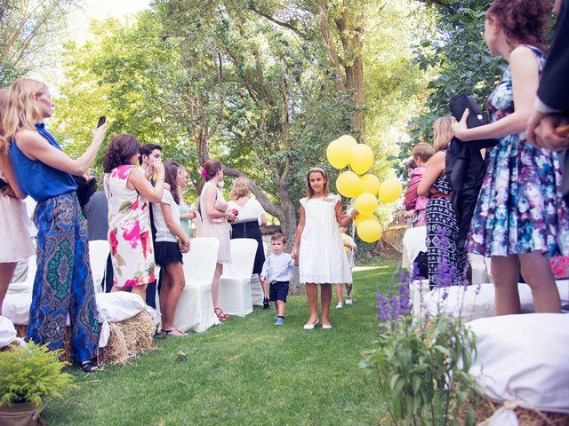 La boda de Ces y Sil en Villanubla, Valladolid 18