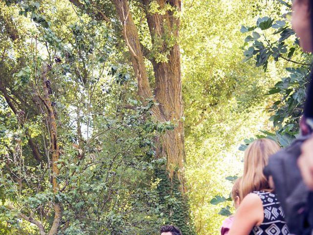 La boda de Ces y Sil en Villanubla, Valladolid 19