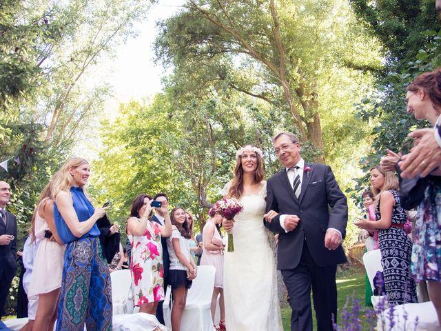 La boda de Ces y Sil en Villanubla, Valladolid 25