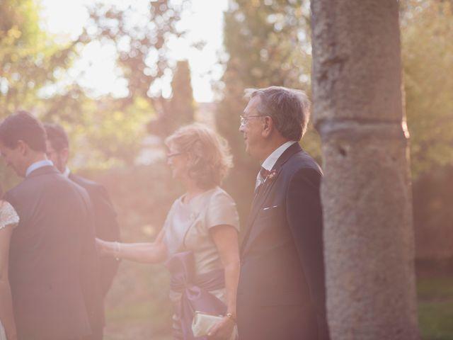 La boda de Ces y Sil en Villanubla, Valladolid 58