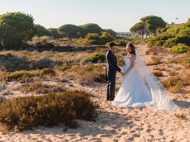 La boda de Adolfo y Gema en Chiclana De La Frontera, Cádiz 27