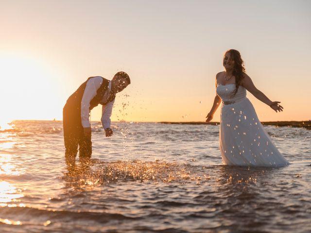 La boda de Adolfo y Gema en Chiclana De La Frontera, Cádiz 42
