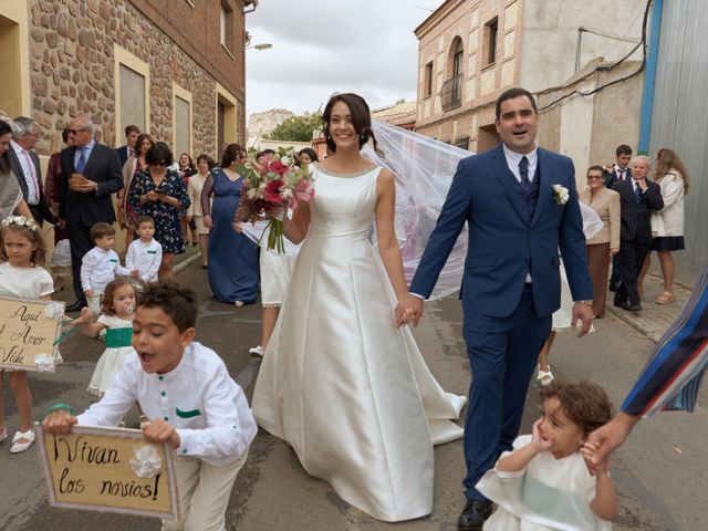 La boda de Tomás y Alejandra en Villacañas, Toledo 14