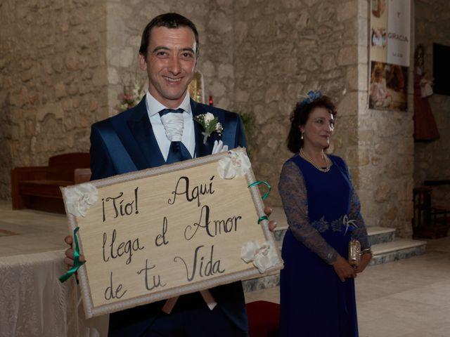 La boda de Tomás y Alejandra en Villacañas, Toledo 15