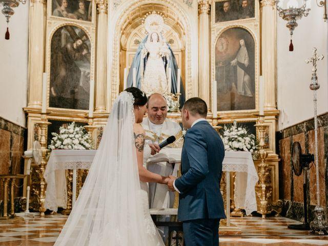 La boda de Miguel Angel y Laura en Cantillana, Sevilla 9