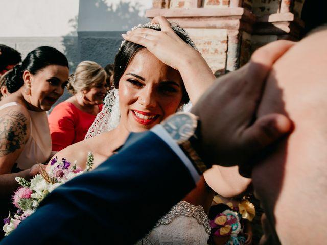 La boda de Miguel Angel y Laura en Cantillana, Sevilla 13