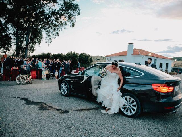 La boda de Miguel Angel y Laura en Cantillana, Sevilla 15