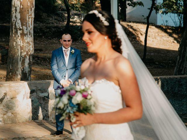 La boda de Miguel Angel y Laura en Cantillana, Sevilla 17