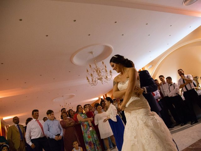 La boda de Miguel Angel y Laura en Cantillana, Sevilla 18