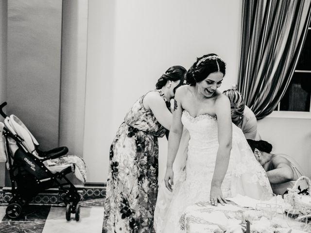 La boda de Miguel Angel y Laura en Cantillana, Sevilla 19