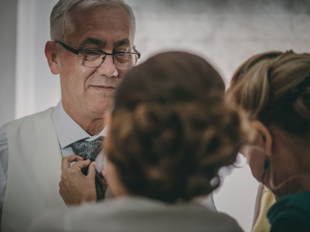 La boda de Alberto y Encarni en Alcala De Guadaira, Sevilla 27