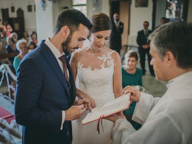 La boda de Alberto y Encarni en Alcala De Guadaira, Sevilla 53