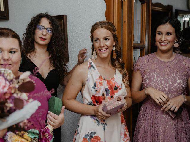 La boda de Benjamín y Yolanda en Talarrubias, Badajoz 35