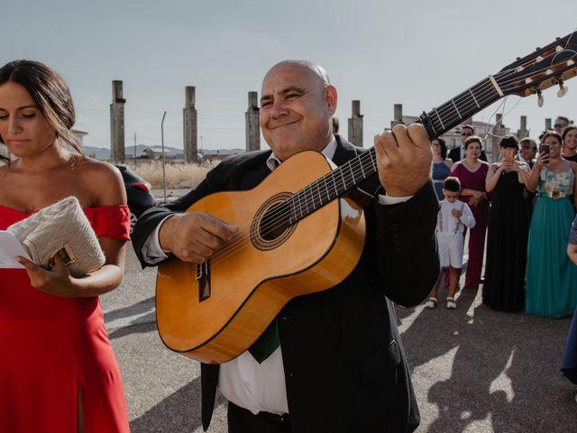 La boda de Benjamín y Yolanda en Talarrubias, Badajoz 40