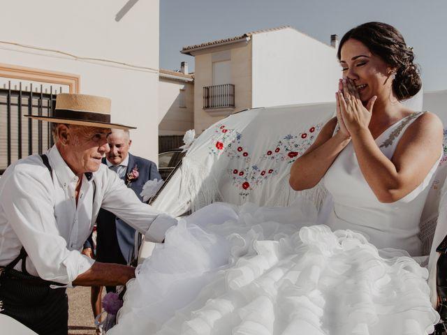 La boda de Benjamín y Yolanda en Talarrubias, Badajoz 43