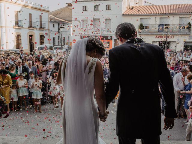 La boda de Benjamín y Yolanda en Talarrubias, Badajoz 59