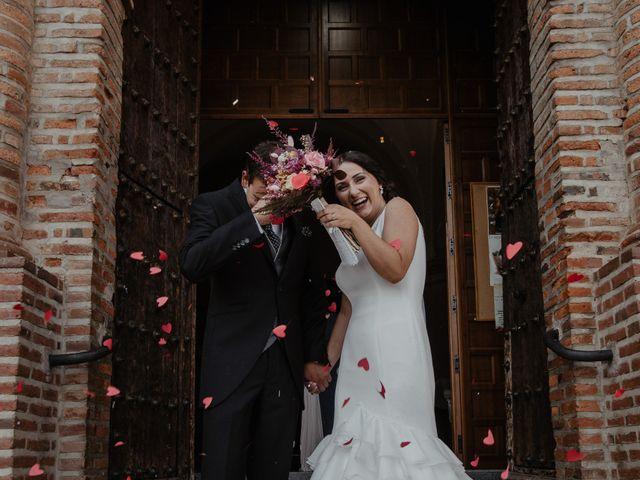 La boda de Benjamín y Yolanda en Talarrubias, Badajoz 61