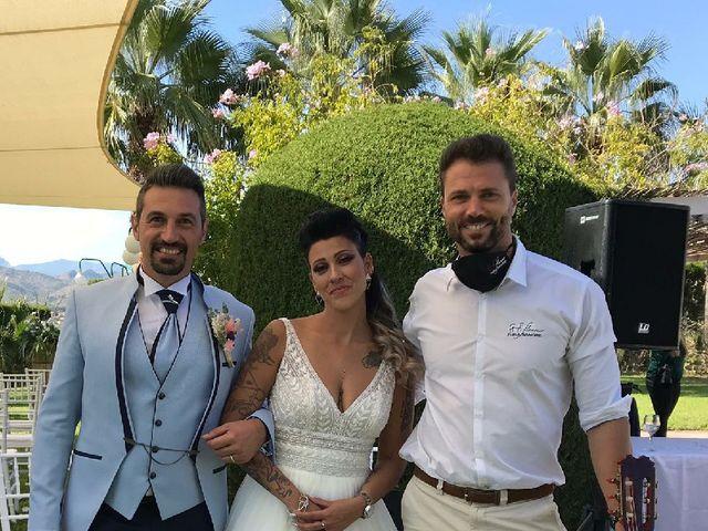 La boda de Carla y Javier en La/villajoyosa Vila Joiosa, Alicante 11