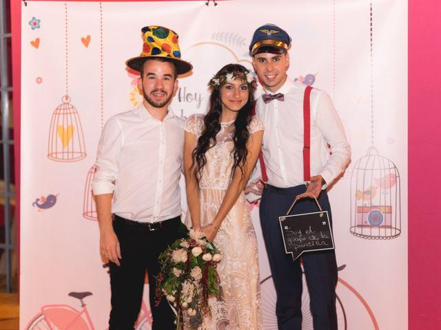 La boda de Andrés y Alejandra en Espartinas, Sevilla 103