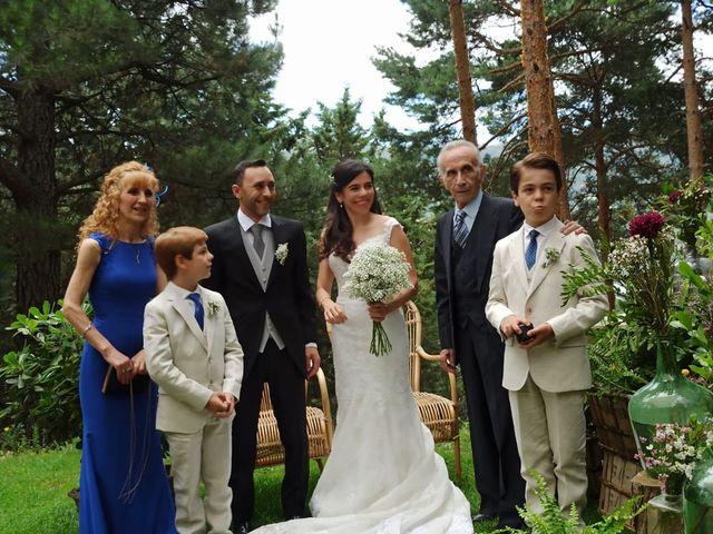 La boda de Mario y Isabel  en Lozoya Del Valle, Madrid 4